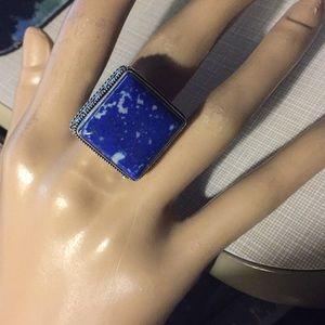 Gorgeous gemstone  lapis lazuli ring